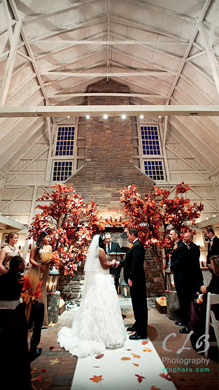 wedding-ceremony-at-ashford-estate