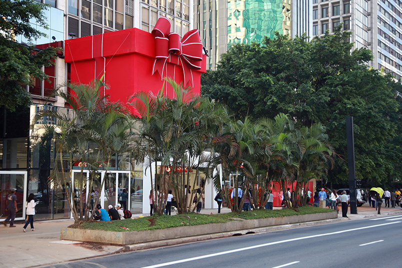 Giant gift box celebrates the opening of Renner store on Avenida Paulista in Sao Paulo.