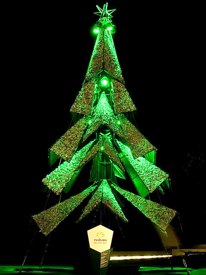 Christmas trees created and developed with recyclable materials were 12 meters high.