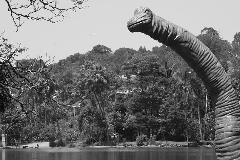 Intervenção realizada no Zoológico de São Paulo promoveu o lançamento da série Terra Nova da FOX.