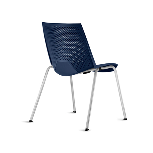 cadeira st fixa com estrutura cinza e assento azul vista traseira