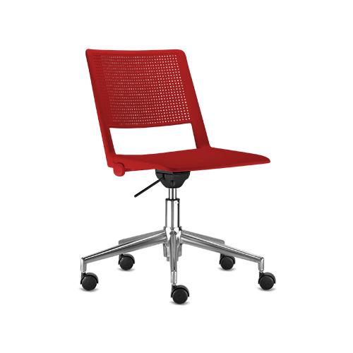 cadeira fv giratória com estrutura cromada e assento vermelho