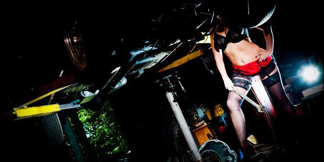 sexy car boudoir photos