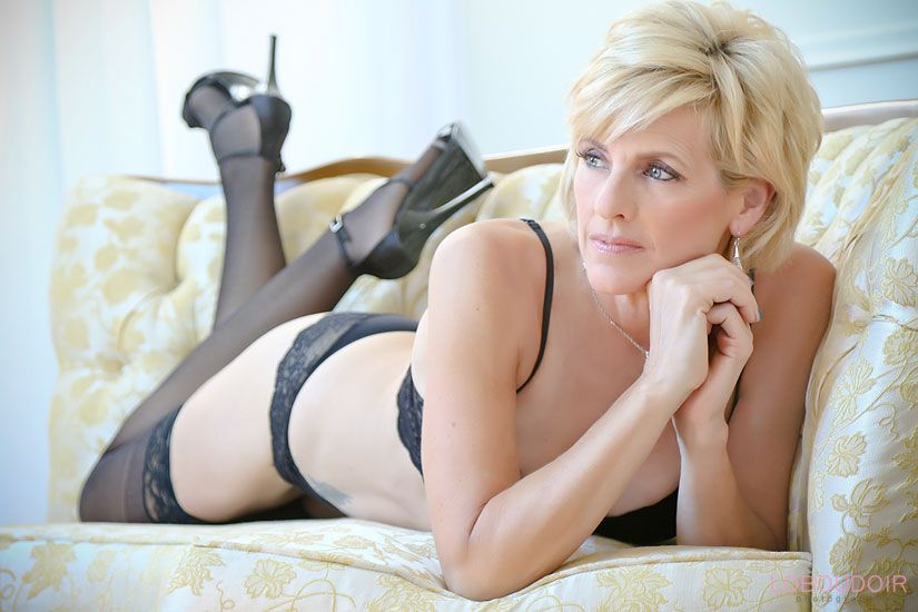 Elegant NJ Boudoir Photography by: LoBoudoir