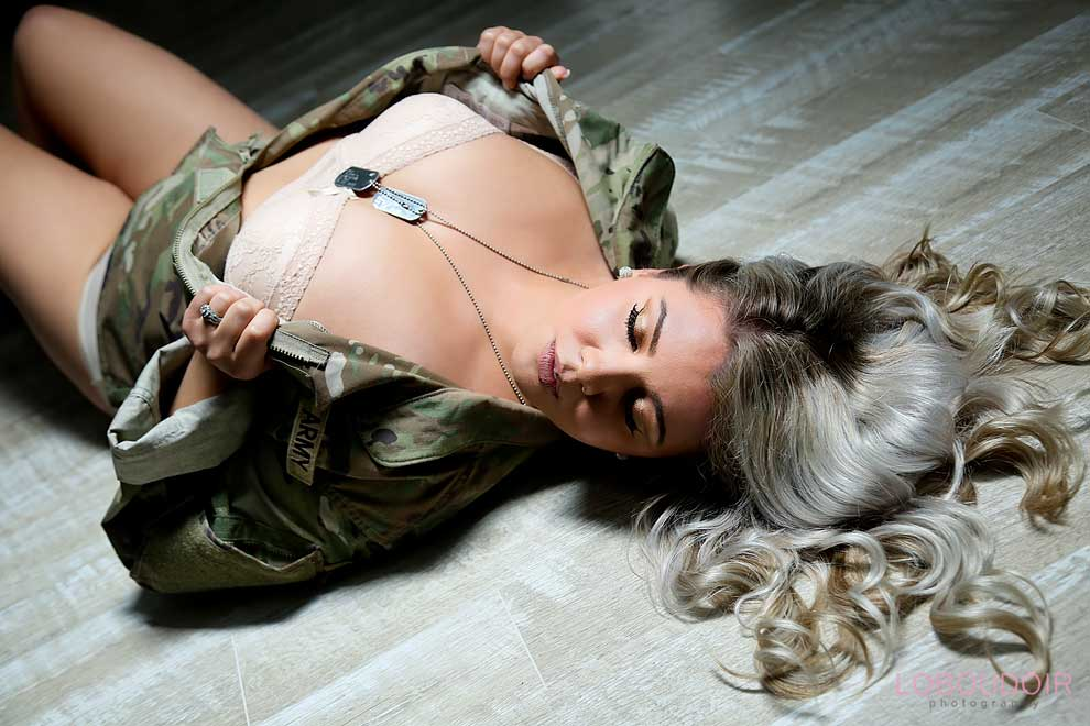 nj-military-boudoir-pictures-by-loboudoir-photography