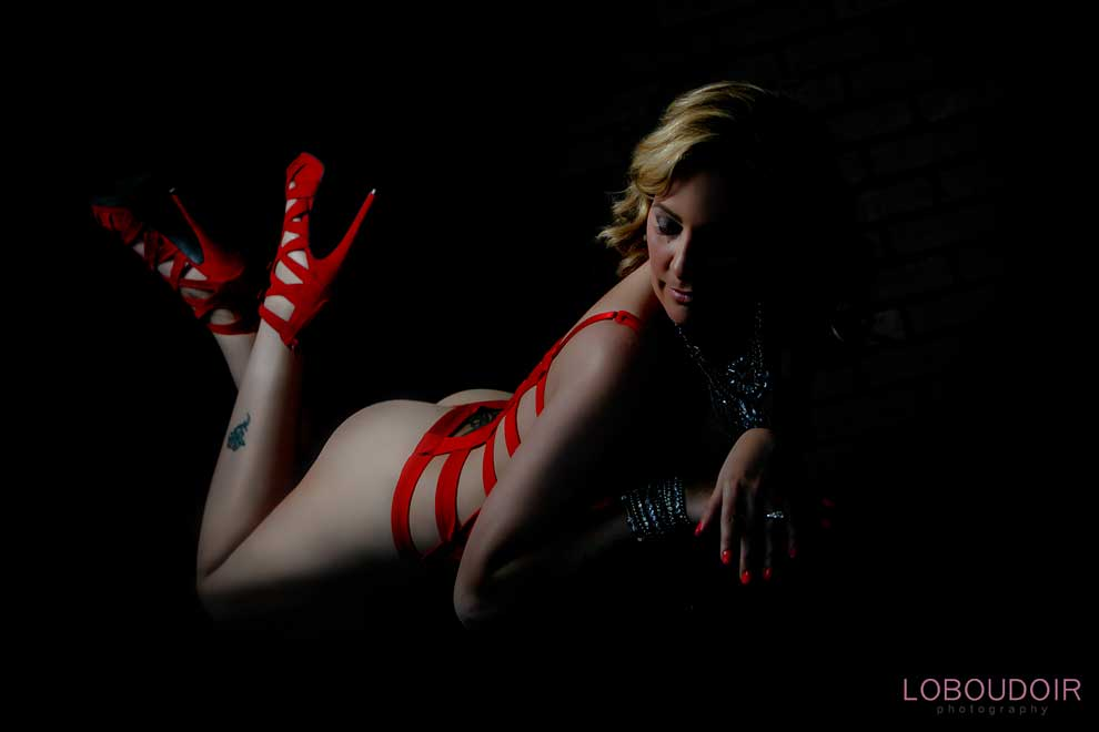 nj-sexy-wedding-boudoir-photography-photo-by-loboudoir-photography