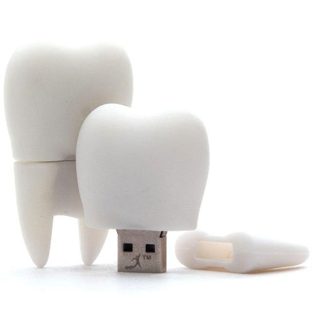 Флешка из резины в виде зуба