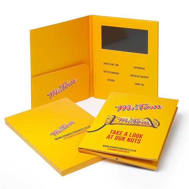 Видео-открытка (брошюра) с LCD экраном