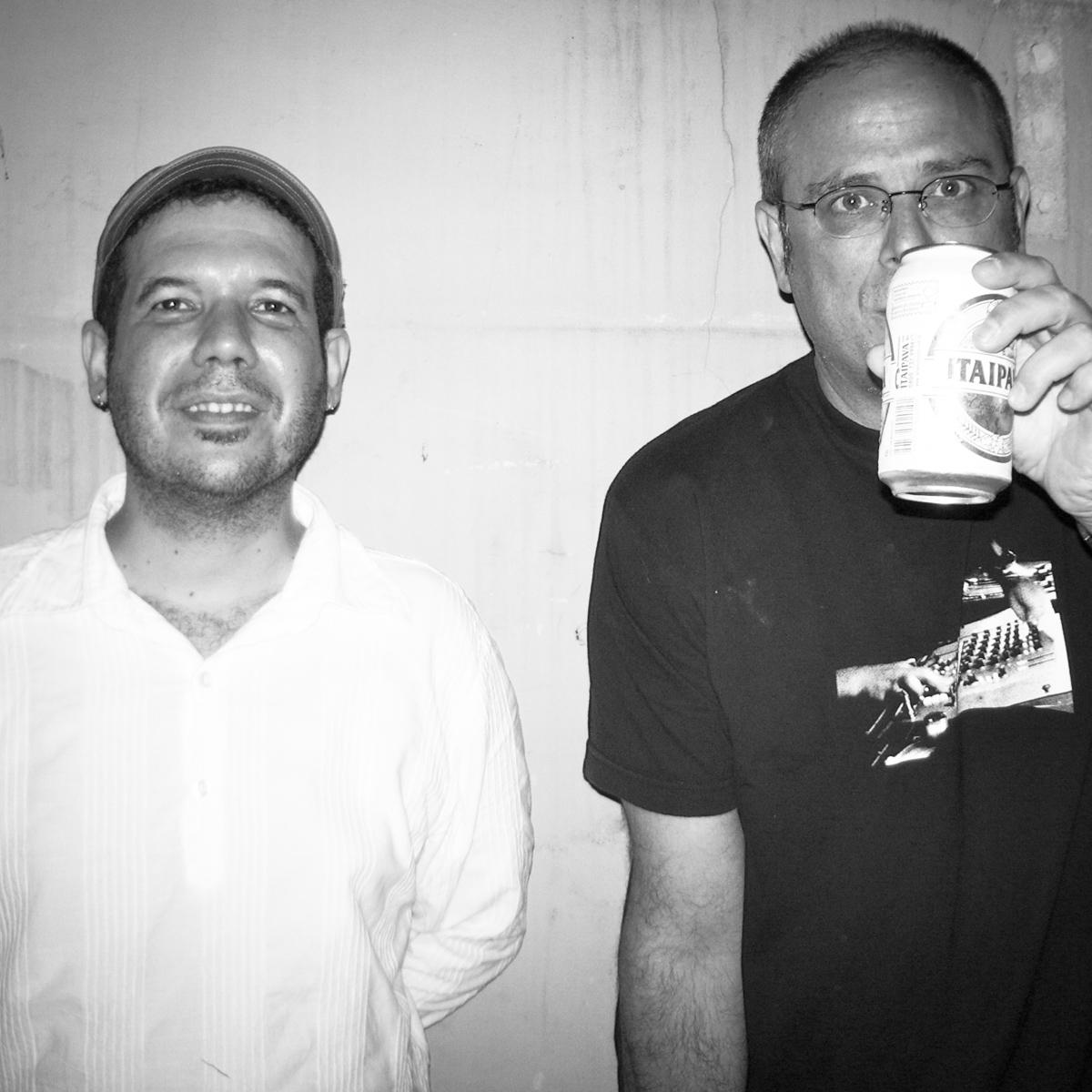 Béco + DJ Dolores