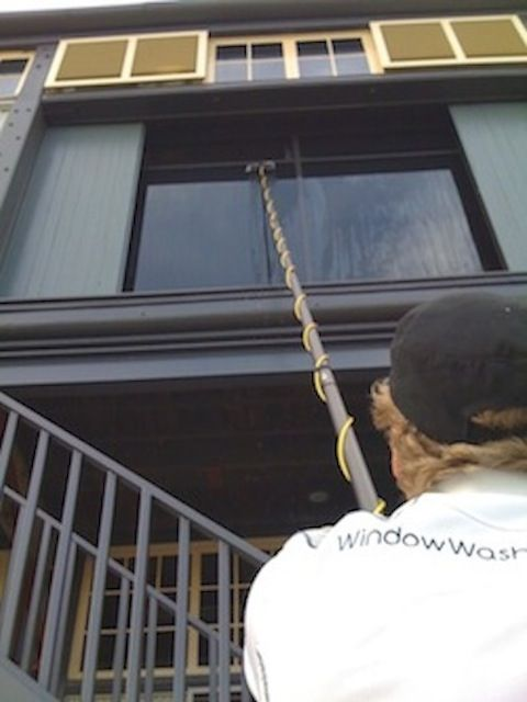 Using pole for high window cleaning