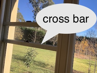 Sash window cross bar