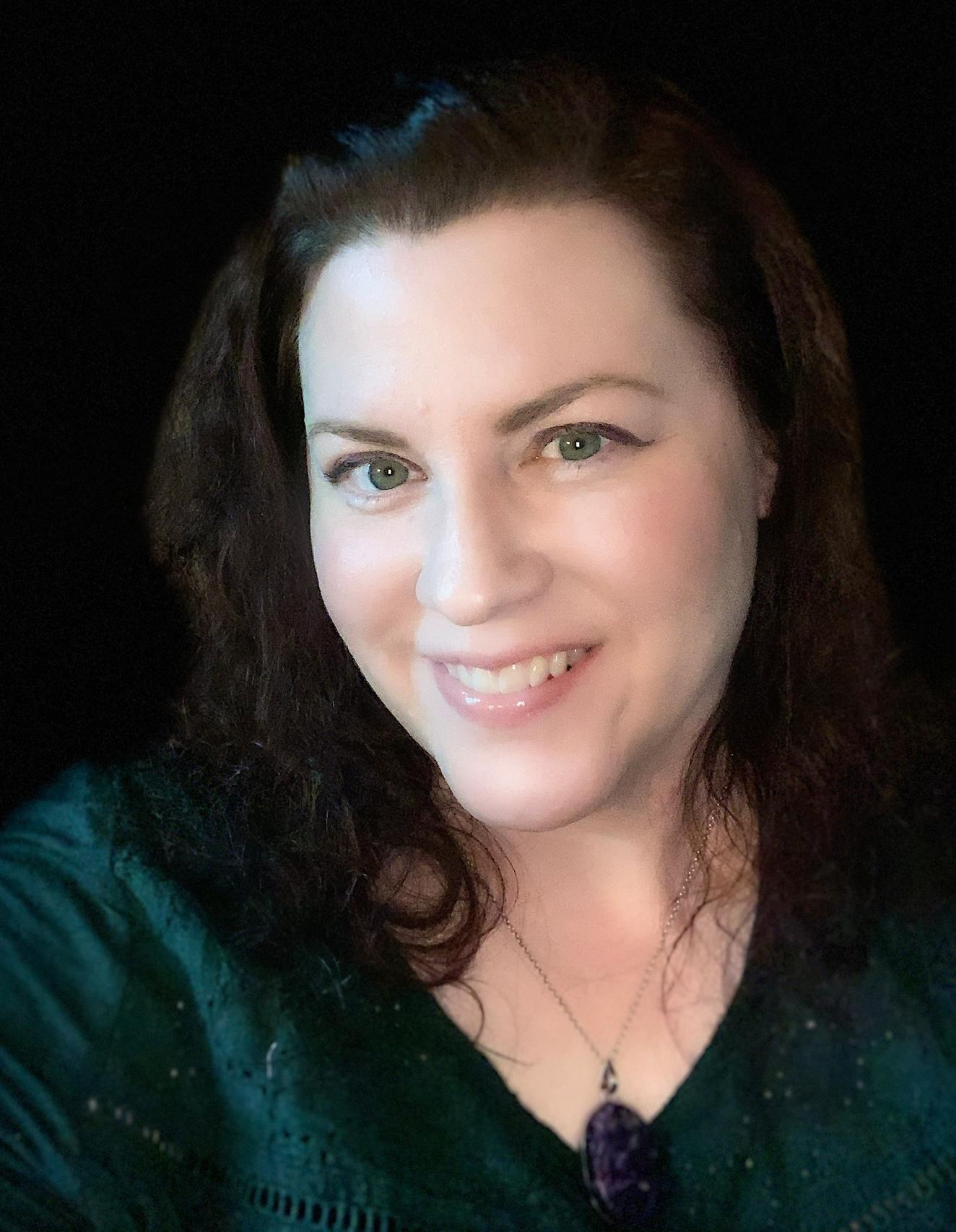 Shéa Macleod | Paranormal and Contemporary Romance Author