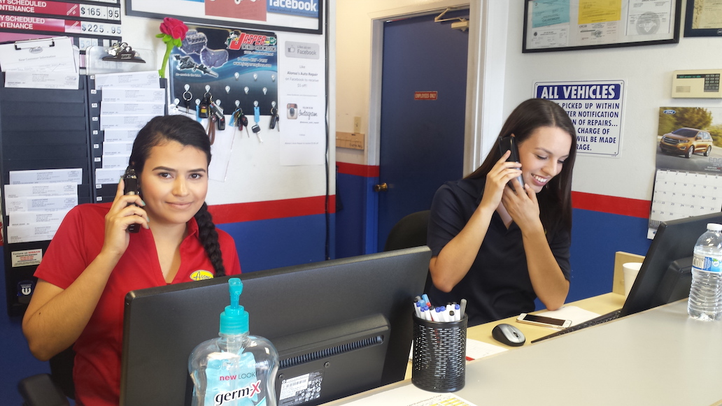 two girls providing customer support service advisor for alonso auto repair