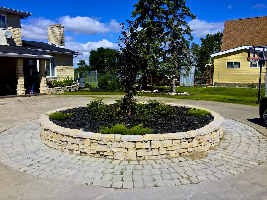 Landscaping retaining wall belveder barkman in Winnipeg