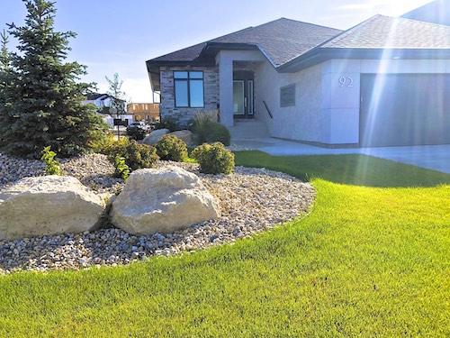 Ridgewood winnipeg landscaping front yard design