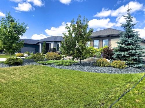 Oak Bluff Winnipeg landscaping 3