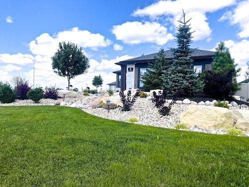 Winnipeg front yard landscaping ideas