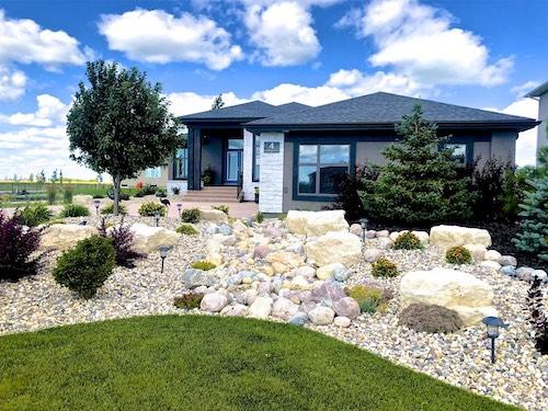 Winnipeg front yard landscaping ideas 2