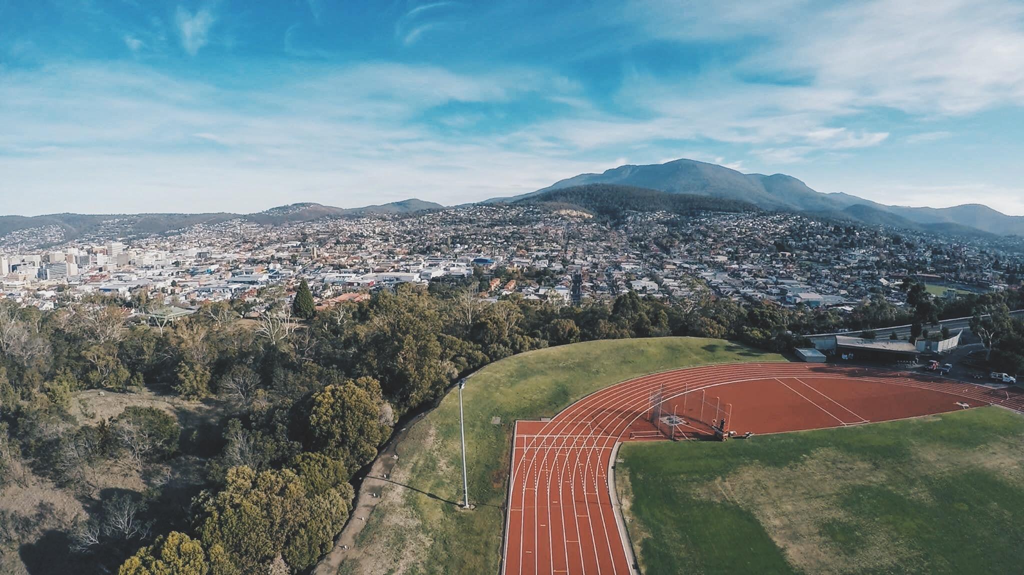 photo overlooking Hobart and Mt Wellington.