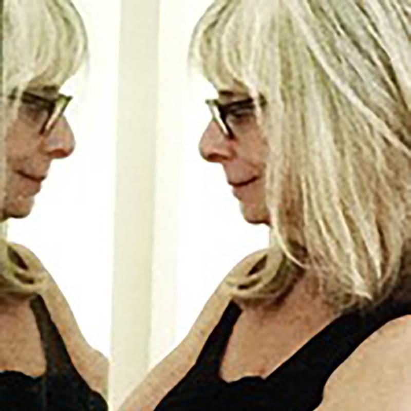 Elizabeth Langer