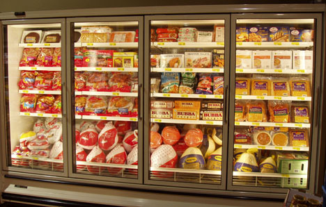 Grocery cooler temperature monitoring