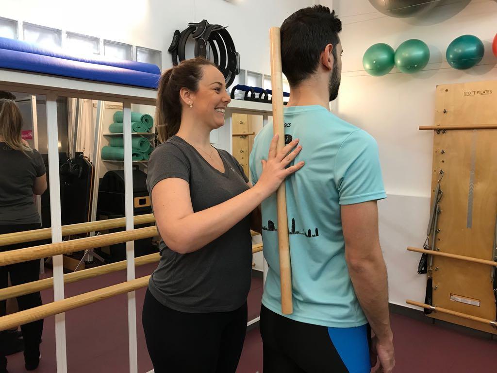 Graduada en fisioteràpia i Instructora de Pilates F&M