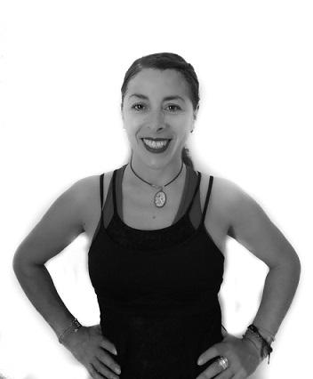 Llicenciada en Educació Física & Instructora de Yoga & Girokinesis
