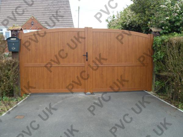 Executive PVC Gate