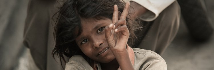 child beggar india