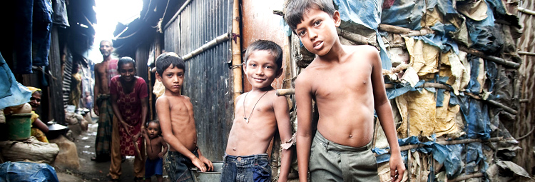 Family urban poverty in slums
