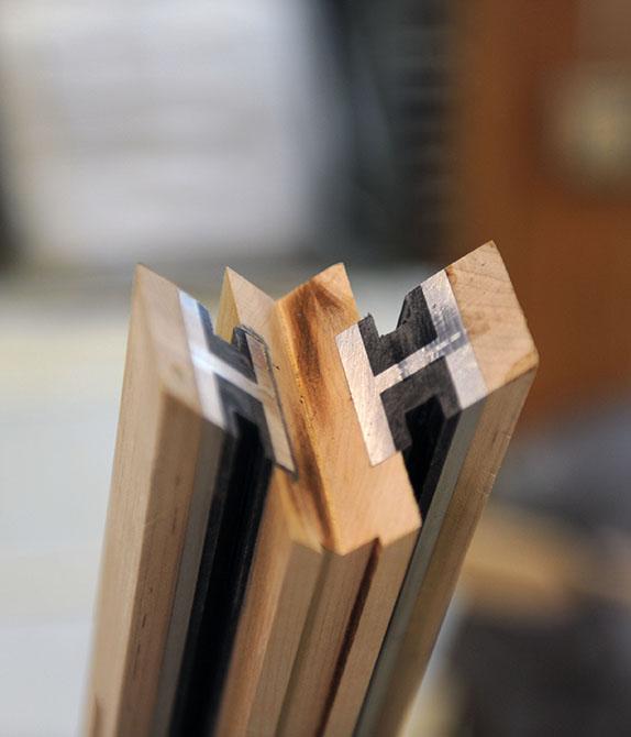 BUTZ + KLUG Architecture, Custom furniture, ebony table