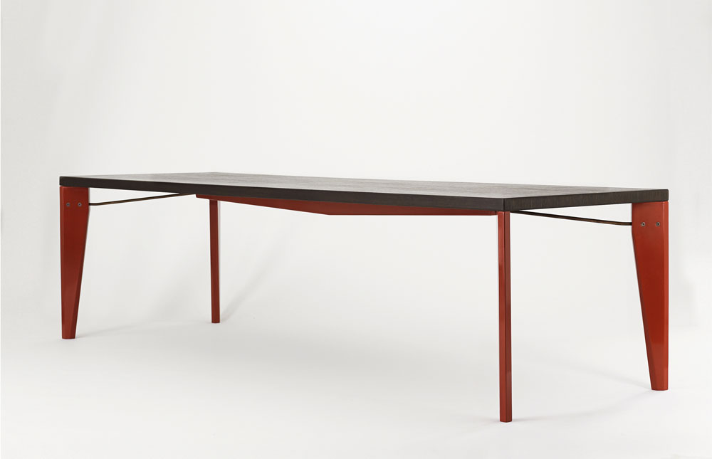 BUTZ + KLUG Architecture, custom furniture, taut table