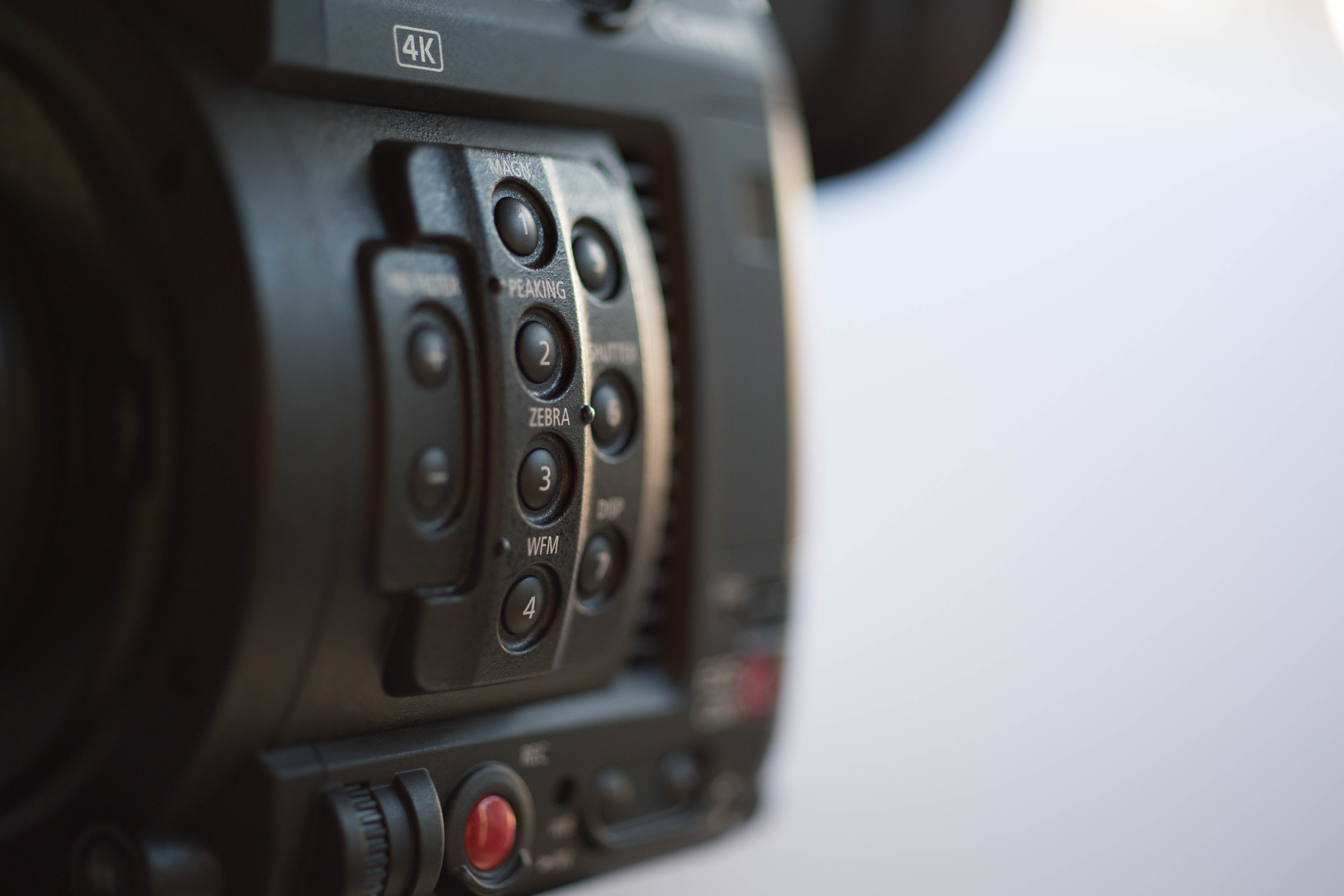 Review and Footage of the Canon C200 Cinema Camera