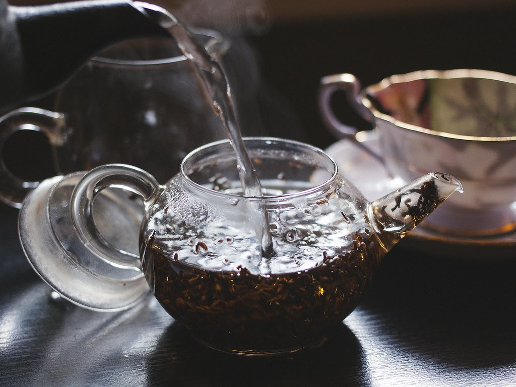 Black tea is deeply flavorful and possess some awesome benefits for the mind and body.