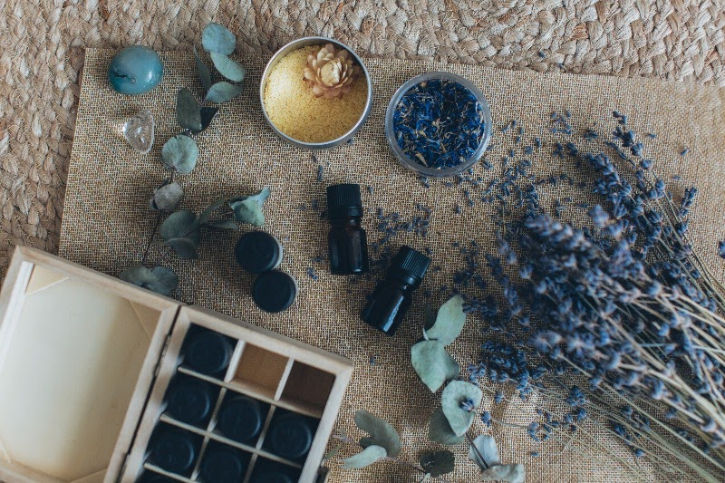 Lavender essential oil kit