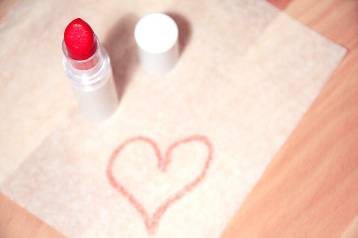 Drawing of a heart made with lipstick