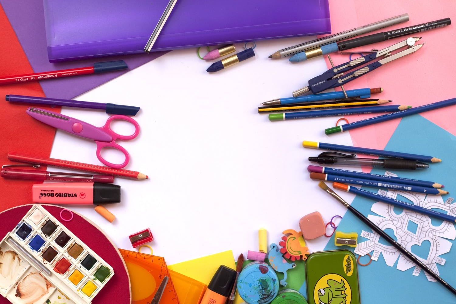 There are a lot of options when it comes to school supplies. But how many of them are actually sustainable? Image Courtesy of Pixabay.