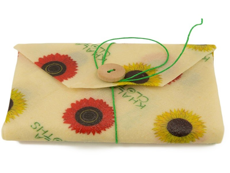 Reusable sunflower sandwich wrap with sunflower prints