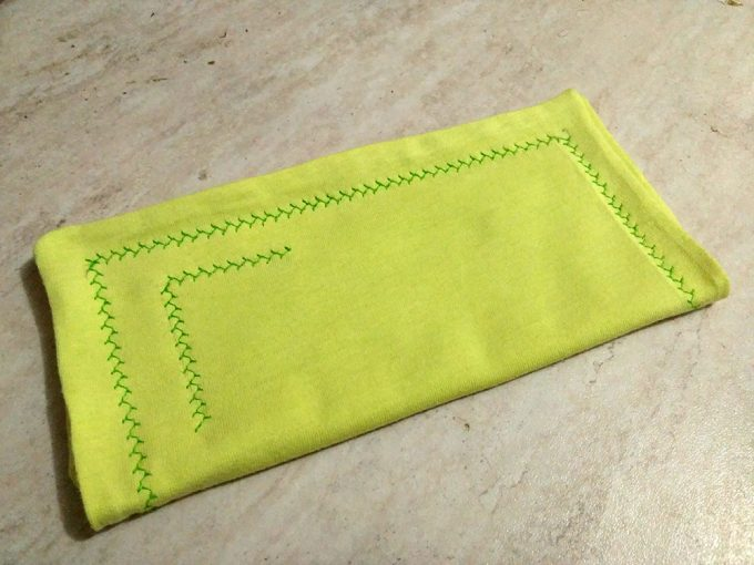 A DIY cloth napkin for a zero waste party