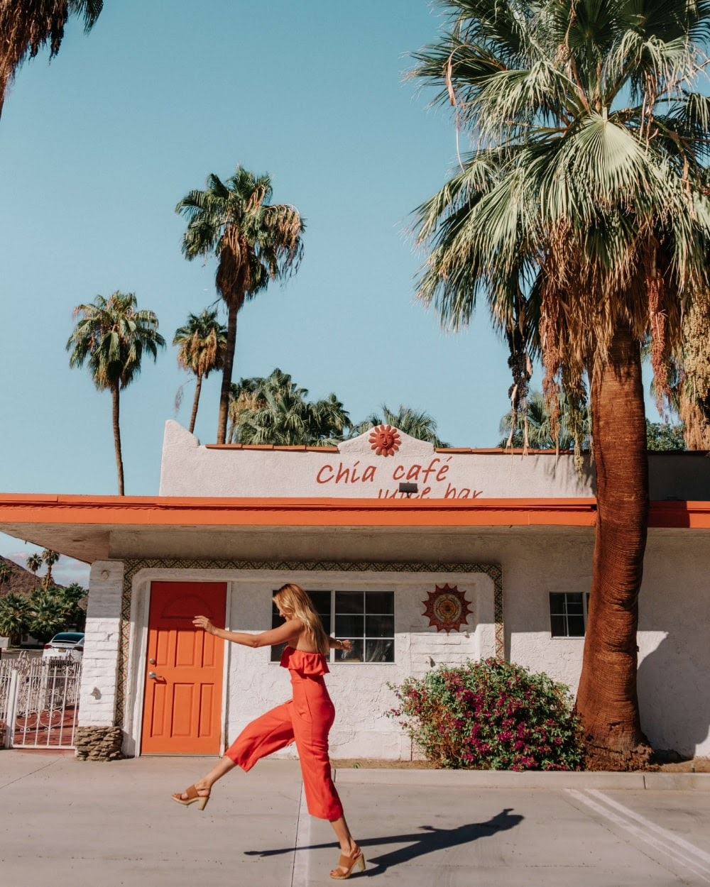 Exploring all of the unique restaurants and shops along Palm Canyon Drive. Chia cafe is known to be an Instagrammable spot to take pictures at. Image courtesy of kaylchip.com.