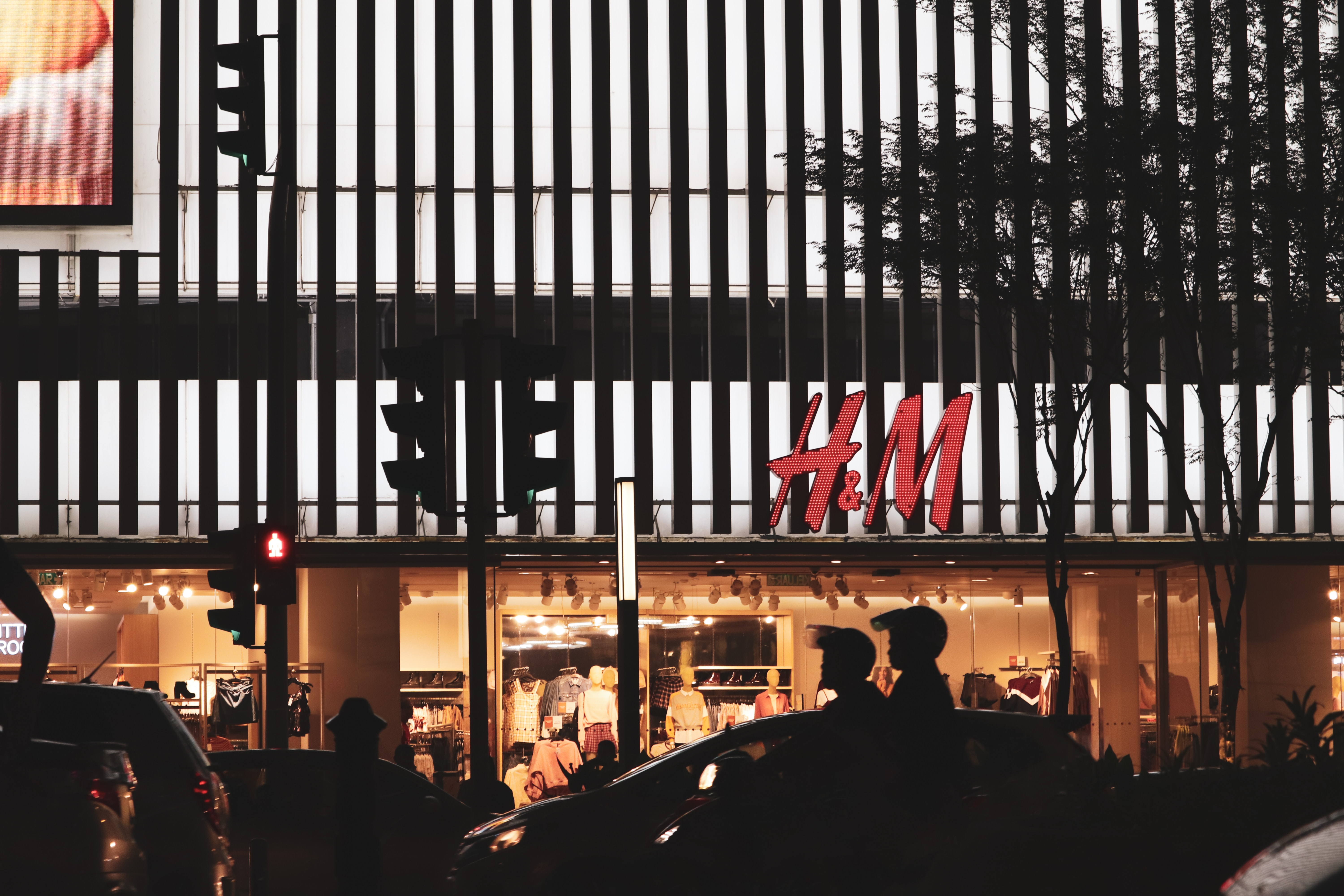 H&M store shot in the city at night