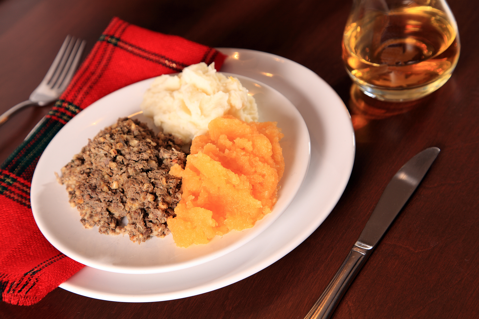 You have to try haggis on your Scottish tour, and we recommend having it with traditional neeps and tatties