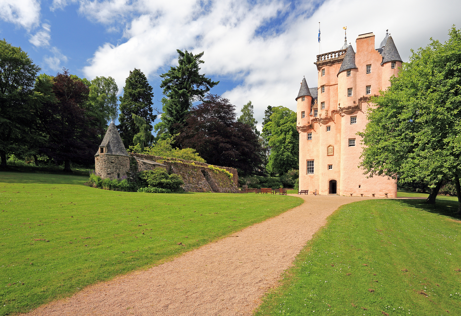 Visit Craigievar castle on your Luxury Scottish Tour, nestled in the Cairngorms