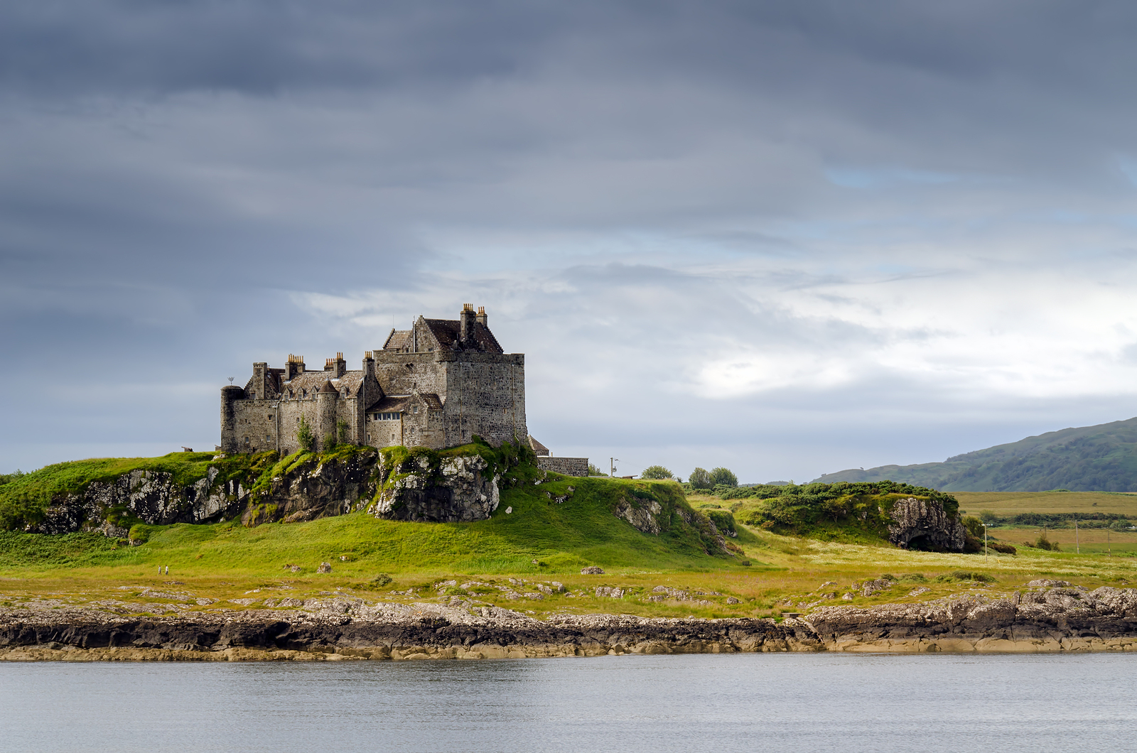 Enjoy a private tour of Duart Castle, Scotland with Drumscot, near the Isle of Staffa