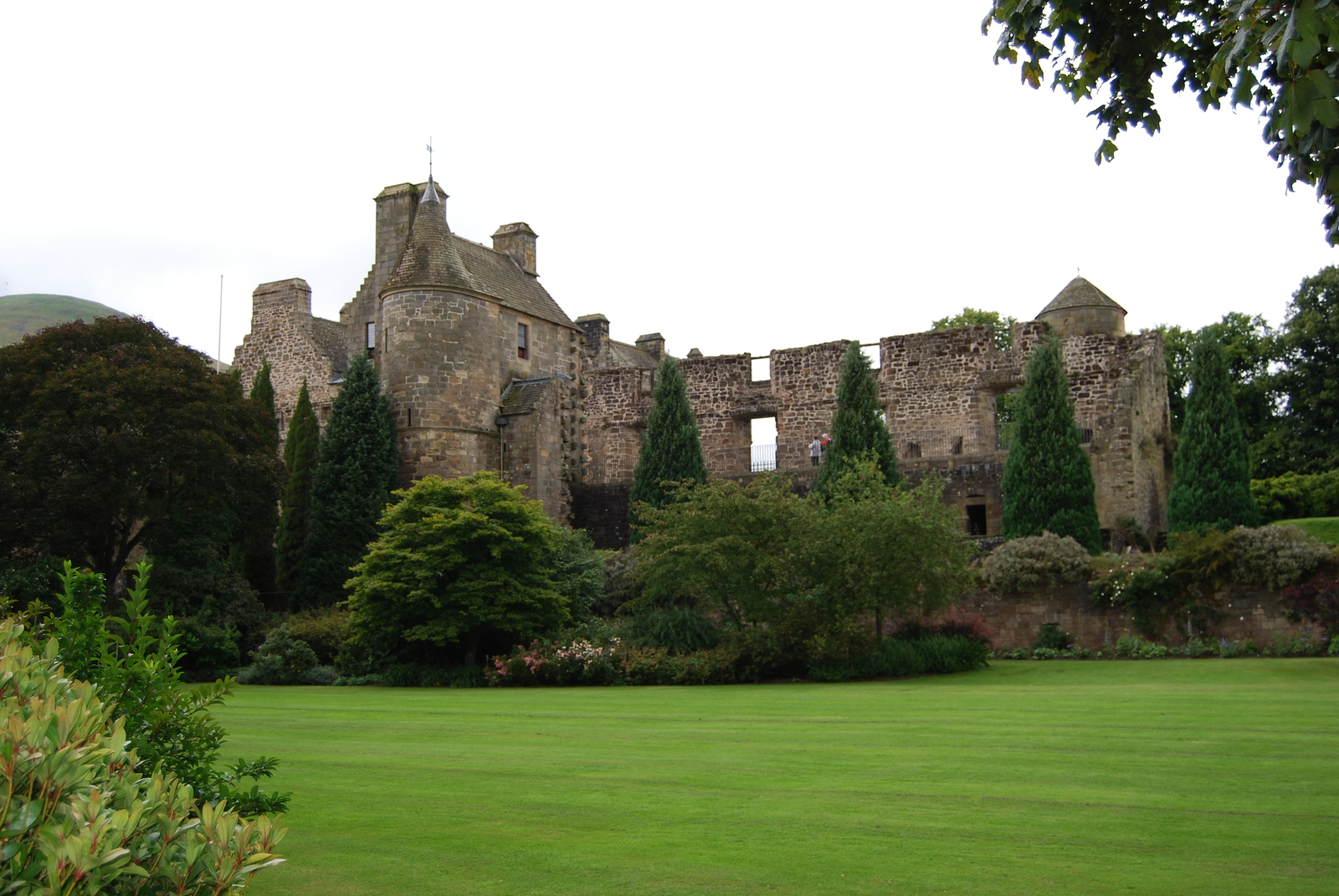 Visit the iconic Falkland Palace on your tour of Scotland