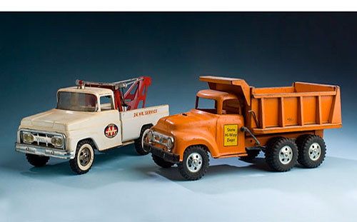Photo-of-collectible-metal-toys-nj-collectibles