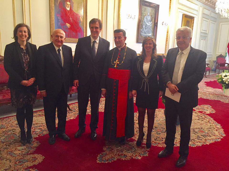 Visite éclair à Beyrouth du conseiller spécial de Fillon