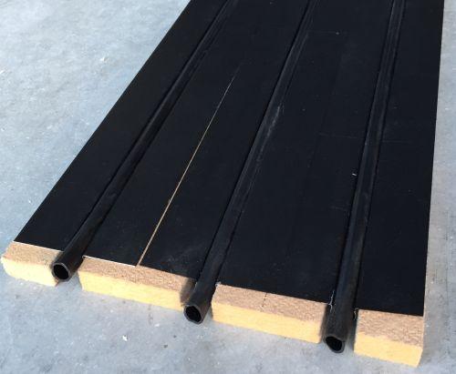 Tuile pour chauffage solaire 30cm de largeur à placer entre liteaux