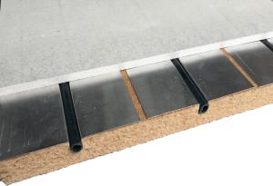 Echantillon de chape plancher chauffant Caleodur faible épaisseur