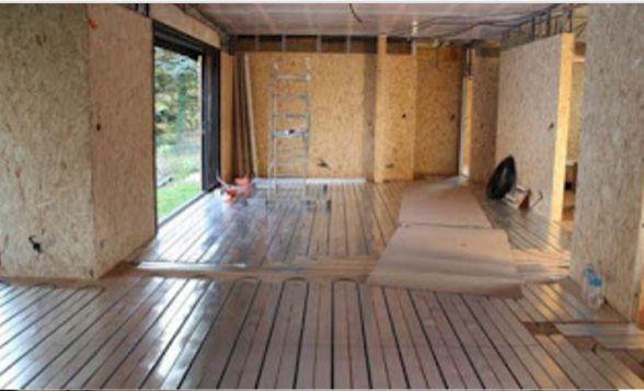 Martigues: pose plancher chauffant - chauffage au sol dans la journée